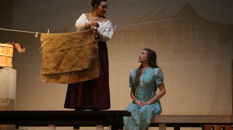 Anatomy of Gray UIL One Act Review: A Showstopper